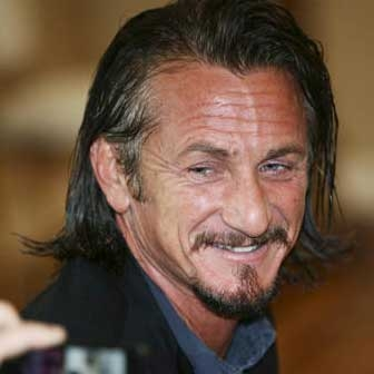 Cinema: Sean Penn diventa killer