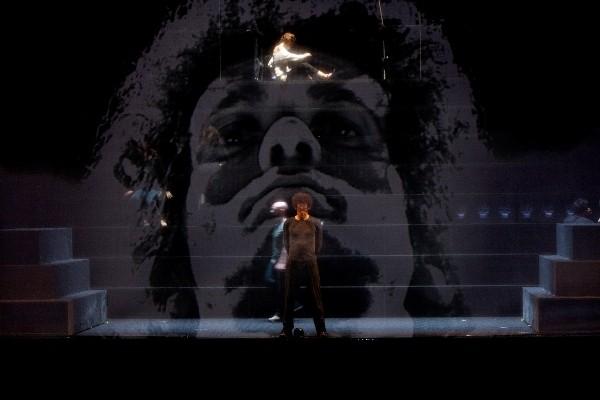 Antonio e Cleopatra: l'anteprima mondiale del direttore del Napoli Teatro Festival