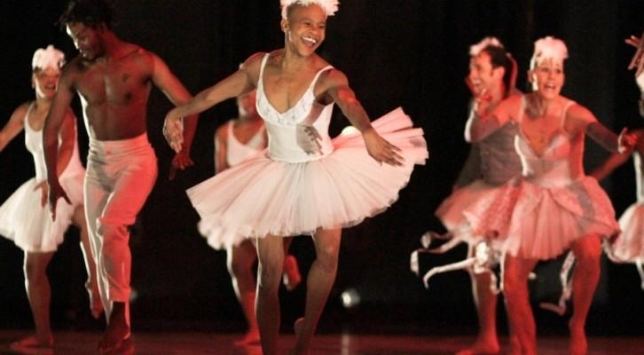 Il Lago dei Cigni rivive nella visione della coreografa Dada  Masilo