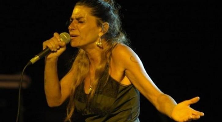 "Pietra Montecorvino presenta ""Malamusik"" …incostieraamalfitana.it"