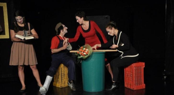"""Teatri delle Sguelfe in """"Trash Express"""""""