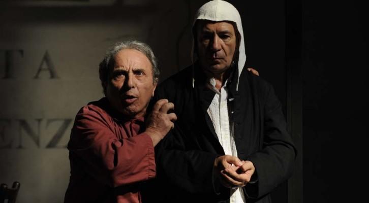 Uscita di Emergenza debutta al teatro Piccolo Bellini