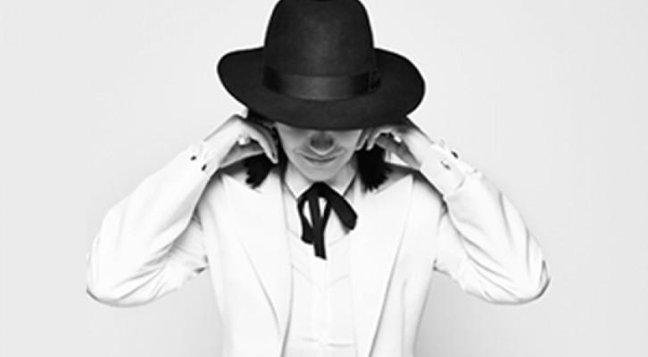 Laura Pausini, prima su  iTunes con  20 The Greatest Hits