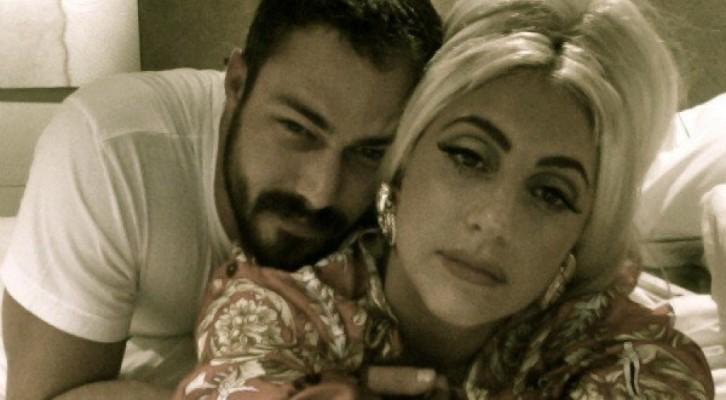Scandalo Lady Gaga: «Fare sesso a 3 col mio fidanzato e un'altra donna? Sarebbe divertente…!»