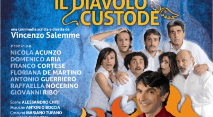 Vincenzo Salemme in scena con Il Diavolo Custode