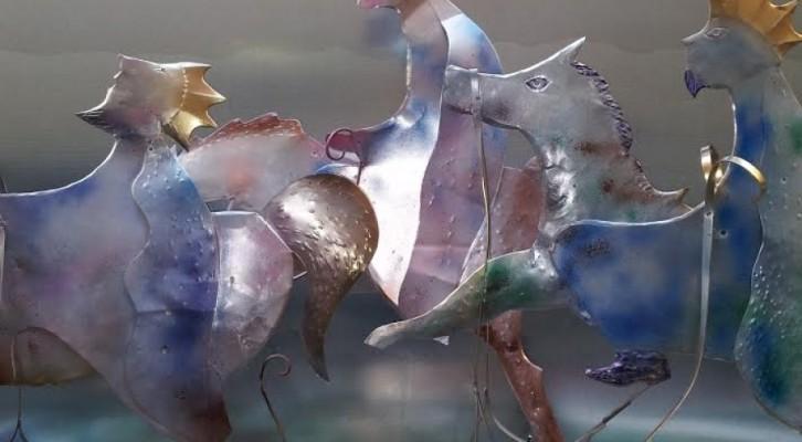 Angeli e Magi: Le Botteghe dell'Artigianato Artistico di Rua Catalana nelle opere di Riccardo Dalisi