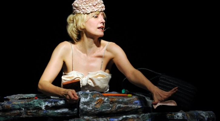 La Braschi affronta Beckett: La Vita è bella?
