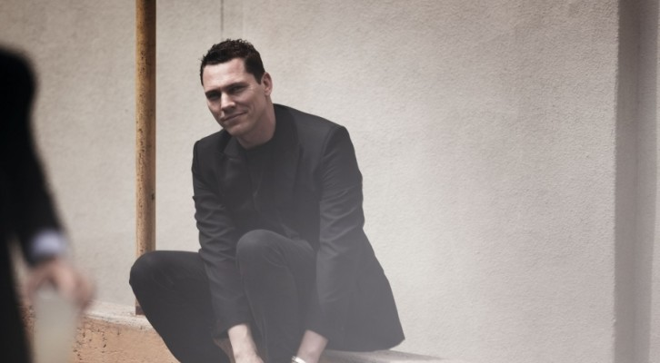 Red Lights, il nuovo singolo di Tiësto