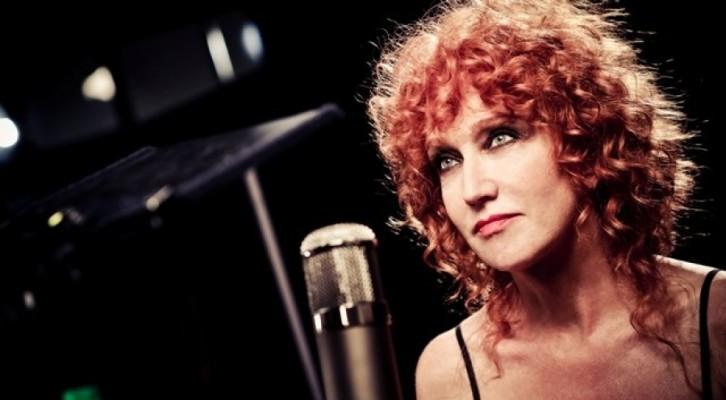 Canzone: Fiorella Mannoia apre la prima delle sei puntate dedicate alla grande musica italiana