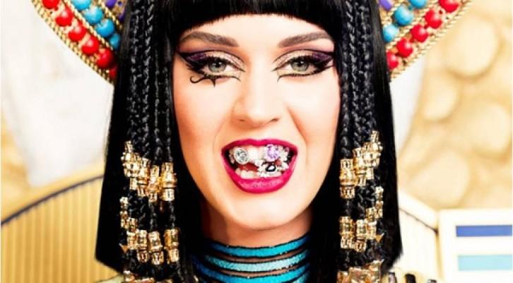 Katy Perry: Dark Horse,uno dei videoclip più belli della sua videografia