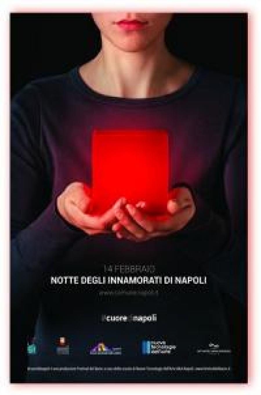 Napoli Innamorata: profusione di luci nella notte dell'Amore