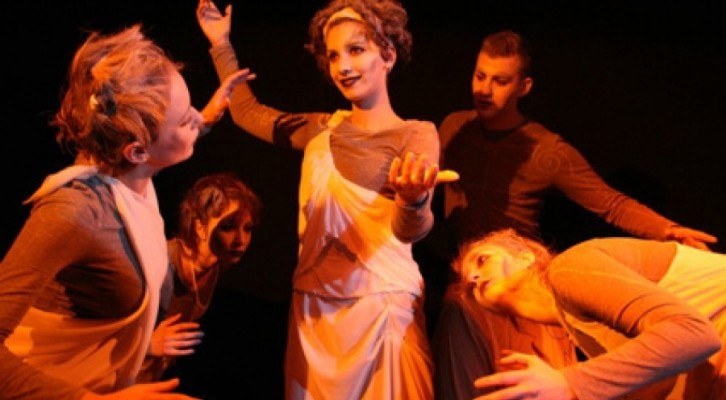 Aeternos al Théâtre de Poche