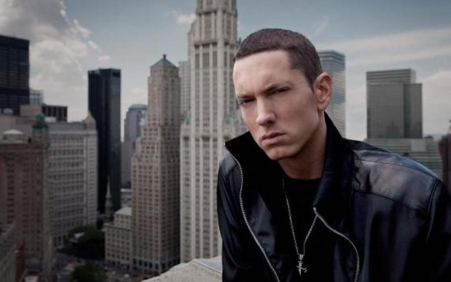"""""""Headlights"""", il nuovo singolo di Eminem"""