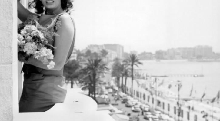 Sophia Loren da Cannes a Napoli per presentare il film del figlio