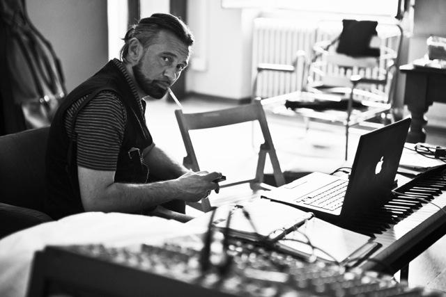 """John De Leo, in arrivo il nuovo album di inediti """"Il Grande Abarasse"""""""