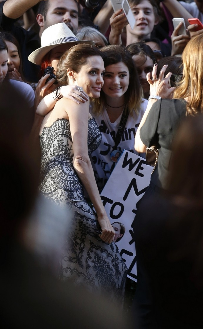 "Angelina Jolie presenta a Sydney il suo secondo film da regista ""Unbroken"""