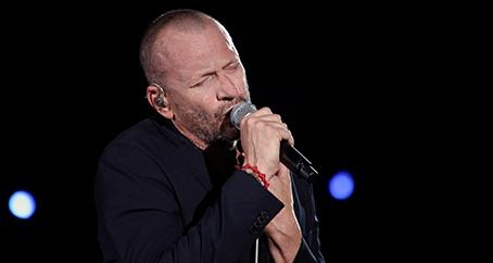 """Biagio Antonacci: """"Ho la musica nel cuore"""", ancora un altro estratto del suo album di successo"""