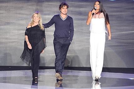 Cinque dive per cinque stili al fashion show di Passaro