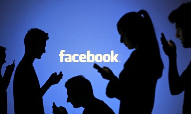 "Clic ""anti-bufala"" per facebook: ecco meno notizie false"