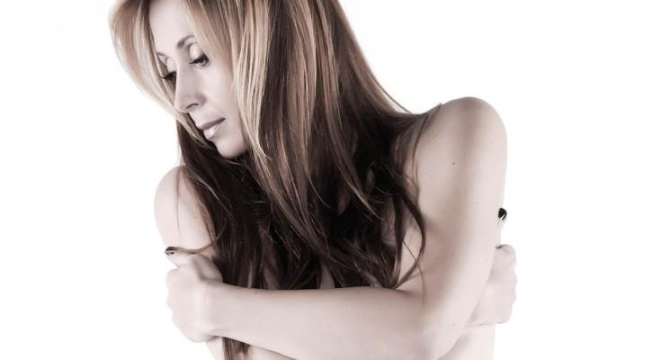 "Lara Fabian: dopo Sanremo arriva la collection ""Essential Lara Fabian"""