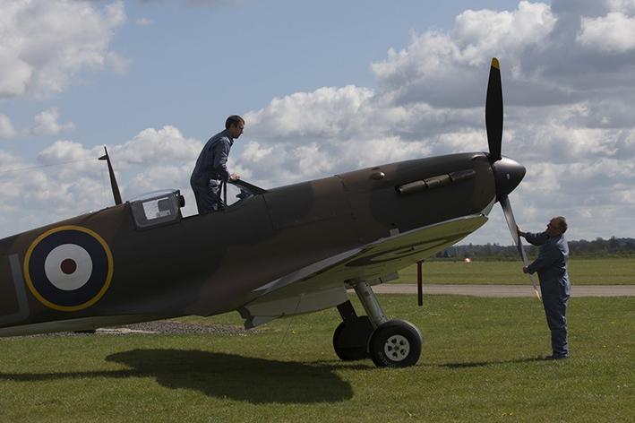 Ritrovato un rarissimo Spitfire tra le sabbie di una spiaggia vicino a Calais