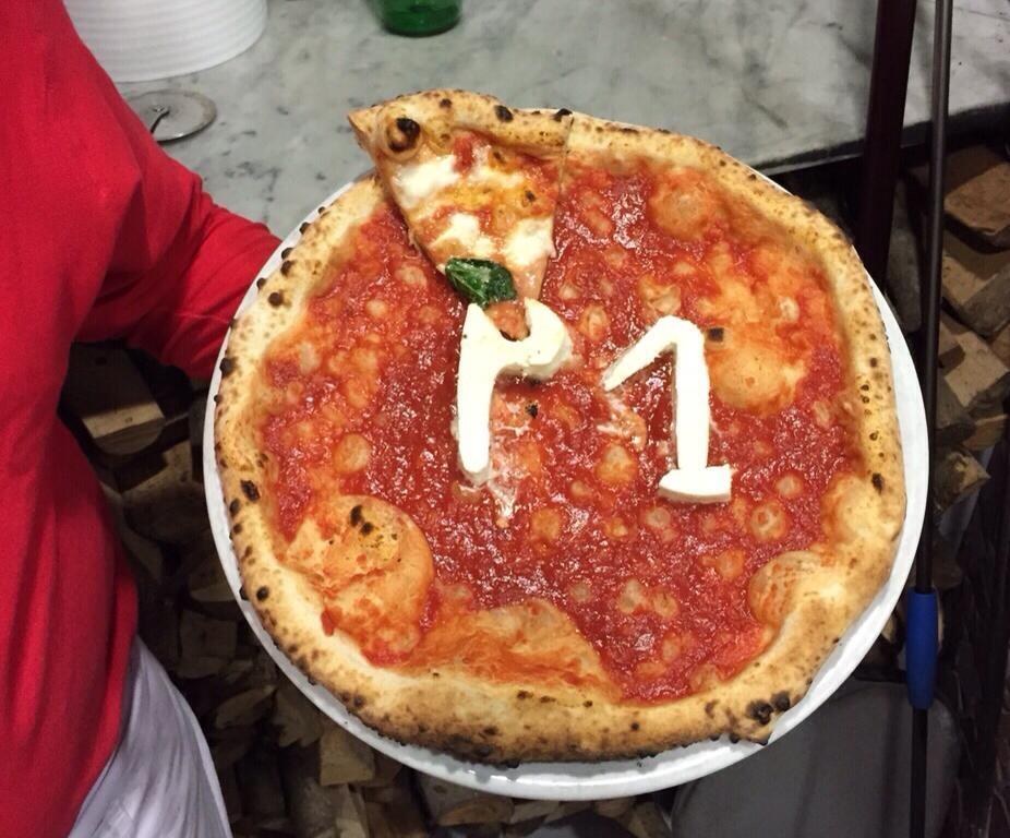 """Debutta """"Pizza1one"""" il campionato televisivo sulla pizza napoletana"""
