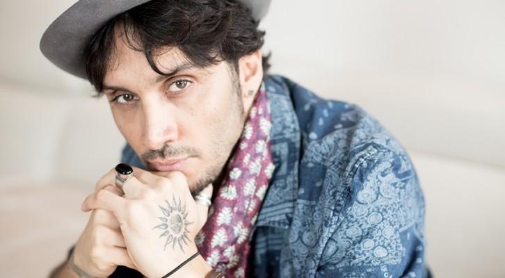 Fabrizio Moro: torna ad esibirsi live nei festival e nelle più importanti rassegne estive