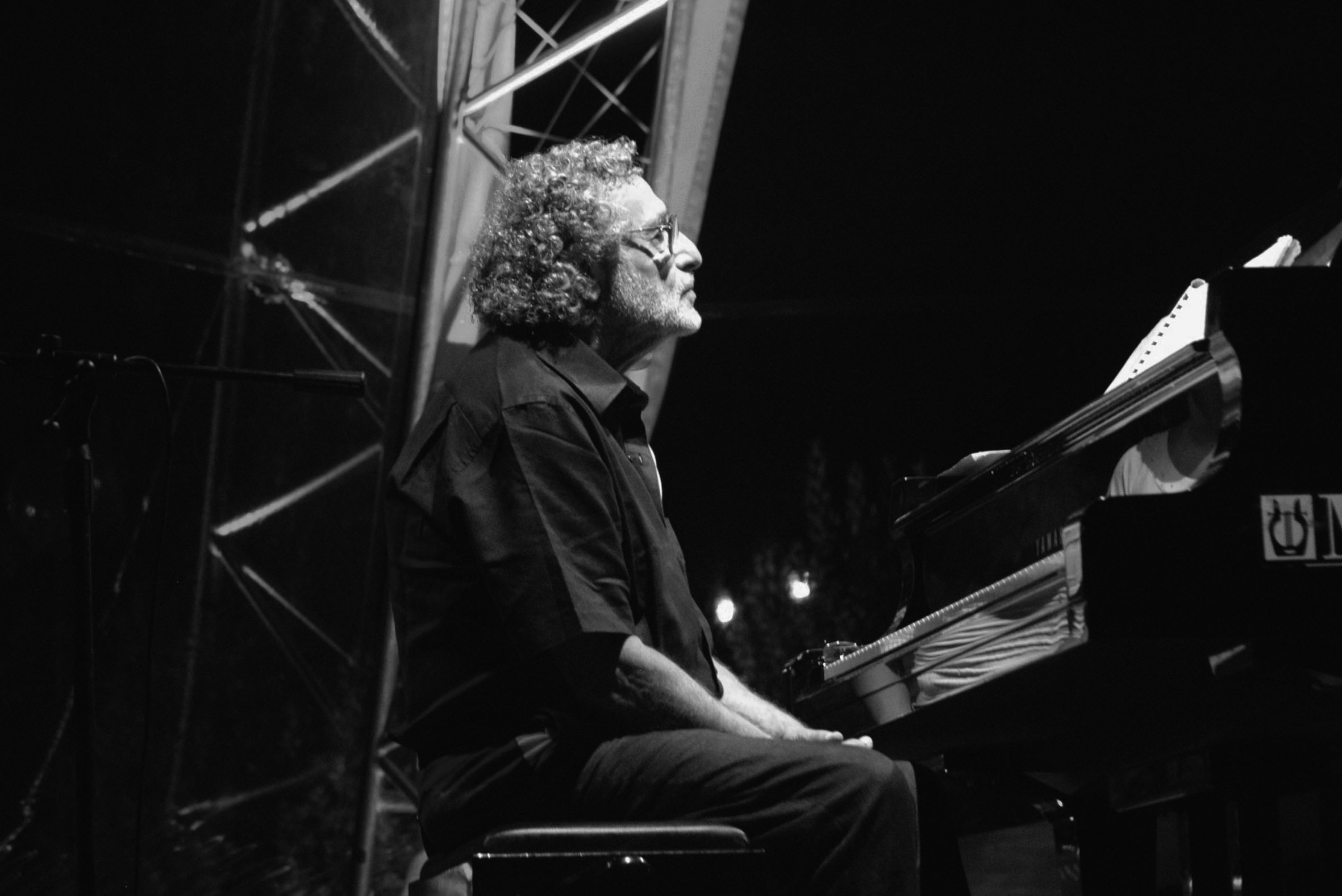 Luis Bacalov in concerto al Social World Film Festival