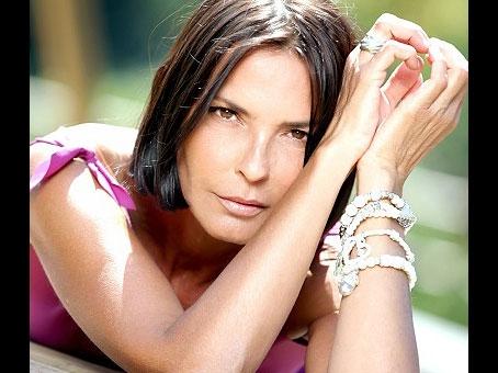 Nina Soldano vince la prima edizione del premio 'Dietro la lavagna'