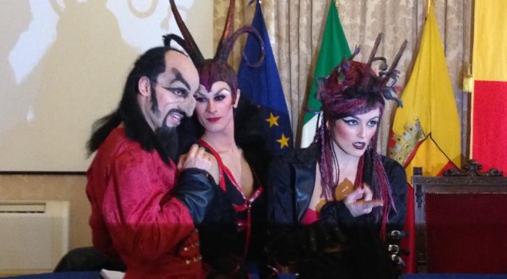 La conferenza stampa del Circo de Los Horrores