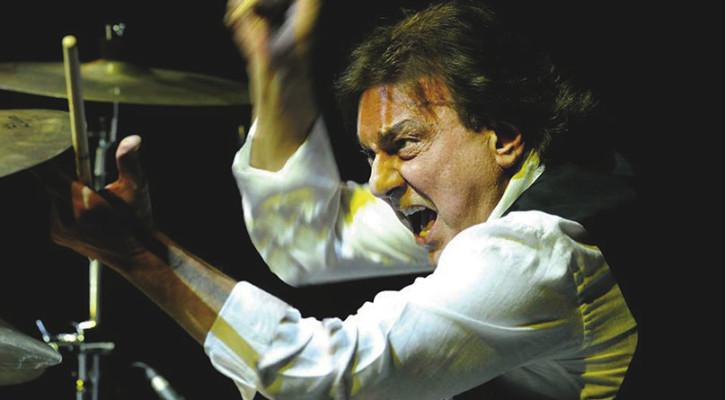 Tullio De Piscopo: 50 anni di carriera del Re della batteria
