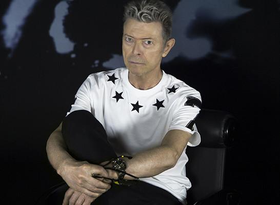 """David Bowie, arriva """"Blackstar"""" nel giorno del suo compleanno"""