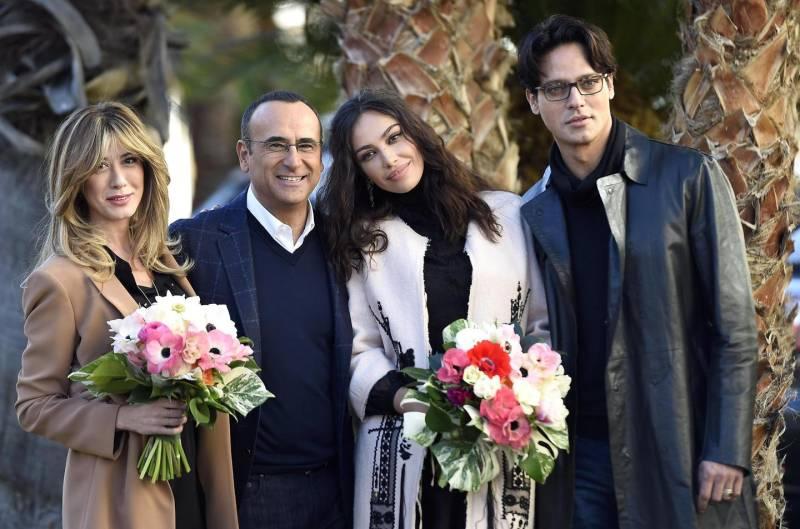 Garko, Raffaele e Ghenea sul palco di Sanremo con Carlo Conti