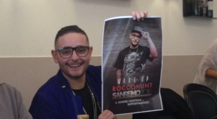 Rocco Hunt: una pizza a Napoli prima di Sanremo