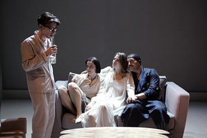 """Al Teatro Nuovo """"I Vicini"""", commedia noir di Paravidino"""