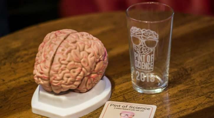 """Pint of Science"" arriva nei pub di dieci città italiane"