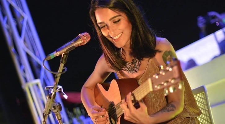 Levante: tris a Napoli per la cantautrice siciliana