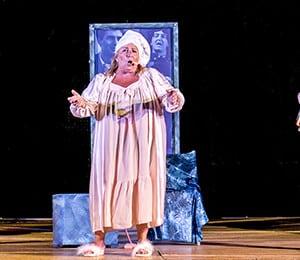 """Al Teatro Nuovo """"Svenimenti, Un Vaudeville"""" da Cechov"""