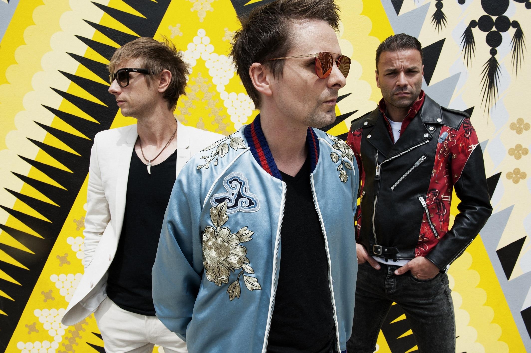 """I Muse tornano sulle scene con il nuovo singolo """"Dig Down"""""""