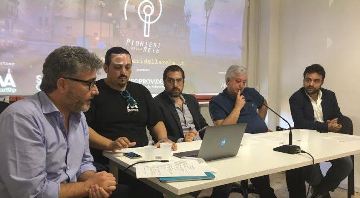 """Arrivano a Napoli i """"Pionieri della rete"""""""