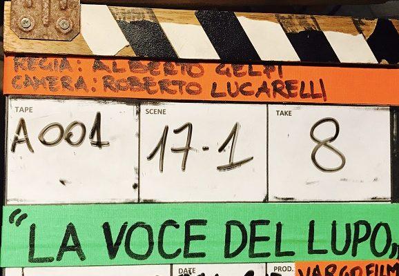"""Maria Grazia Cucinotta e Christopher sul set del film """"La voce del lupo"""""""