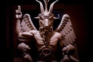 Paradisi Perduti Satana e il demoniaco nelle culture occidentali (SATANA2 300x200)
