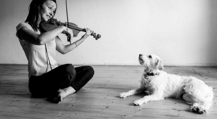 """Lionheart, il primo viaggio musicale della """"Chiara Giacobbe Chamber Folk Band"""