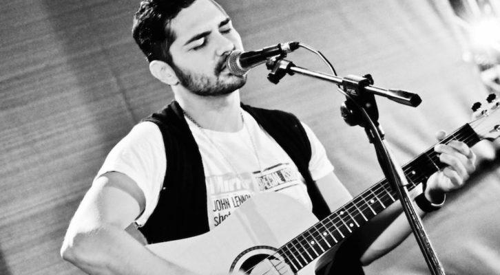 """""""A un passo da qui"""", il viaggio musicale di Marco Rò"""
