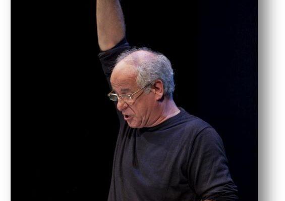 """Toni Servillo al Teatro Trianon Viviani con """"Servillo legge Napoli"""""""