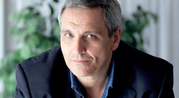 """""""Gli occhi di Sara"""", l'ultimo romanzo di Maurizio de Giovanni"""