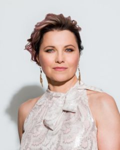 Lucy Lawless a Comicon 2018 (lucylawless comicon3 240x300)