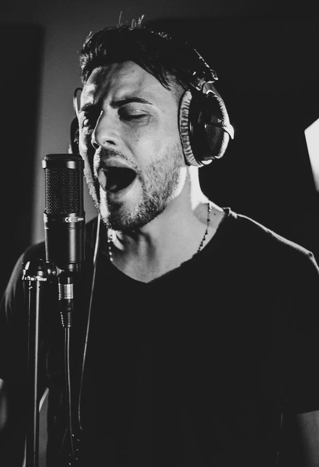 Al cantante Antonio Zeno va il premio Sebeto per la musica