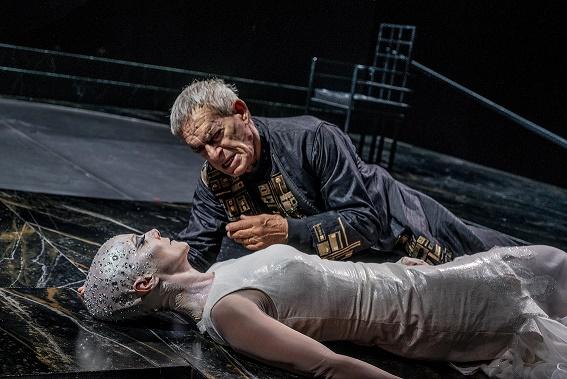 Al Teatro Grande Di Pompei va di scena La Salomè di Oscar Wilde