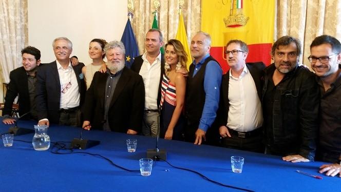 Revuoto 2018: Napoli festeggia Massimo Troisi e i 40 anni de La Smorfia